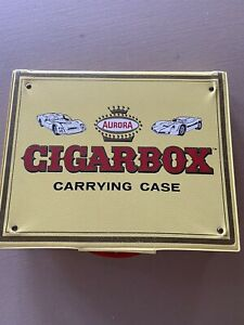 AURORA CIGARBOX 15 CAR CARRYING CASE with 15 Aurora Cars 1960s