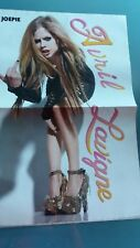 avril lavigne ,  poster 2 pages ou the wanted