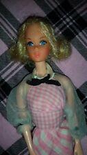 Muñeca Barbie Quick Curl 1972 Vintage Vestido De Cuadros Rosas Bailarina cara Mod era raro