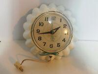 Vintage GE General Electric Bunt Cake Pan Shaped Electric Wall Clock 2158 WORKS