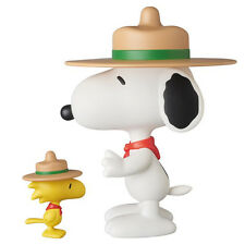 Peanuts: Beagle Scout Snoopy & Woodstock VCD MEDICOM Toy Vinyl Collectiblle Doll
