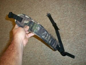 CAMO PADDED ADJUSTABLE RIFLE / SHOTGUN SLING WITH SLING SWIVELS