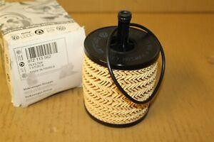 Engine Oil Filter VW Touareg / Phaeton 5.0L TDi 07Z115562 New genuine VW part