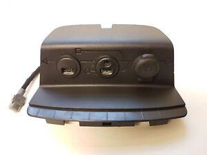 PEUGEOT 208 2014 AUX 12V PORT AND DOUBLE USB SOCKET PANEL 9674655377