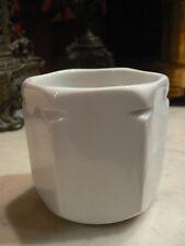 ancien gros pot a yaourt en porcelaine blanche de marque yalacta