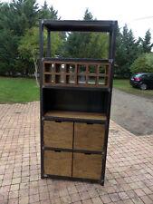 fabrication meuble industriel bois mètal sur mesure Meuble industriel bar
