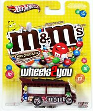 SMOKIN GRILLE M&M's - 2014 Hot Wheels Pop Culture MARS CANDY Real Riders m&m
