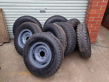 1x EARLY LANDCRUISER HILUX STEEL WHEEL 6 STUD SPLIT RIM & LIGHT TRUCK TYRE