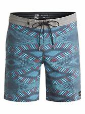 QUIKSILVER Men's Boardshorts DREAMWEAVER VEE 18 - BYJ6 - Size 38 - NWT