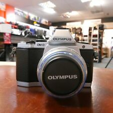 Used Olympus OM-D E-M5 Silver + 14-42mm MSC R II Lens (11620 actuations) - 1 YEA