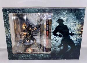Mortal Kombat Scorpion & Sub-Zero Figures Collector's Edition in original Box