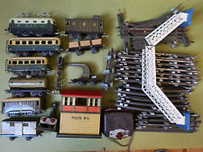 Train JEP loco wagons feux buttoirs transfo rails poste tole lithographiée etc.