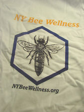 T Shirt NY Bee Wellness NEW Cotton Fruit of the Loom Beekeeping Queen MEDIUM M