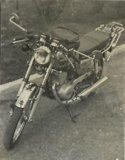 PHOTO ANCIENNE - VINTAGE SNAPSHOT - MOTOCYCLETTE MOTO SUZUKI - MOTORCYCLE