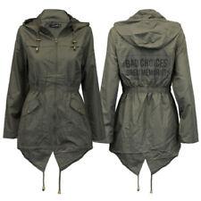 Abrigos y chaquetas de mujer chubasqueros Brave Soul