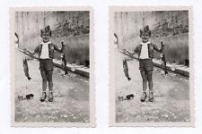 PHOTO ANCIENNE Pêche à la ligne Pêcheur amateur Poisson 1943 Petit garçon Drôle