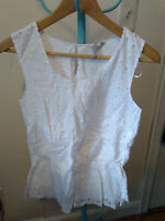 NWT Solitaire White Embroidered Eyelet Tank Blouse Shirt Top M Medium
