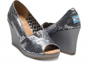 TOMS Pewter Sequin  Wedge, Women Size 5.5,  Open Toe   NEW