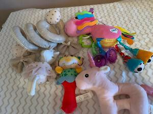 baby hanging pram toys