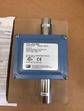 United Electric Controls J21K-232 Pressure Switch NEW