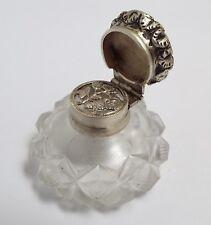 SUPERB RARE ENGLISH ANTIQUE 1860 SOLID SILVER & FACETED GLASS VINAIGRETTE BOTTLE