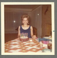 VTG 1960s Color Photo Snapshot SMILING PRETTY LADY & HER BIRTHDAY CAKE