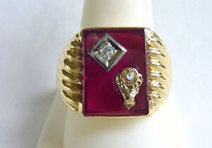 10kt YG men's Ring Elks Club red stone with diamond 11th hour sze 9.75