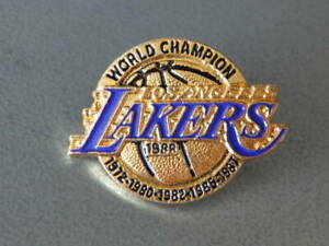 Vintage 1988 Los Angeles Lakers World Champion Enamel Metal Lapel Pin RARE!