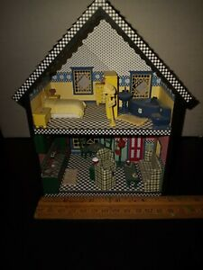Dollhouse Miniatures 1:48 quarter scale Handcrafted House Display
