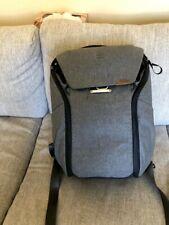 Everyday Backpack 20L V2   Ash - Excellent Condition