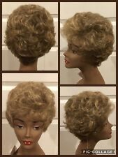 "NEW! Chic Collection Wig ""Sweet Heart""  Brownish Blonde Short Curly Sz Average"