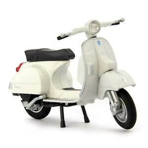 Vespa PX 2016 white - Welly 1:18 Scale Diecast Model Scooter