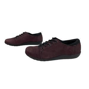 CLARKS CUSHION SOFT Ladies Women Shoes Size 4D EU 37 Purple Leather Lace up Flat