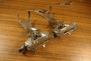 1984 pedals Shimano 600 PD-6207 VIA Japan for road bike + toe clips Shimano