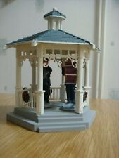 Lemax Christmas Village Band Stand with 2 Musicians