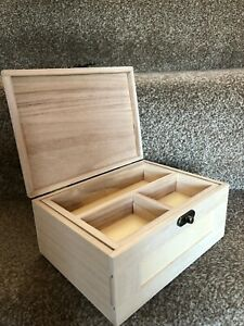 Lovely Wooden Jewellery/Trinket box with removable tray and latch Decoupage New