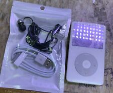 Apple iPod Classic 5th Generation 30Gb A1136 Mp3 Player - White