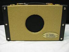 Luna Ukulele Suitcase Amp - Uke Amplifier - 5 watt - Sa 5 - New