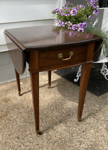 Vintage Ethan Allen Georgian Court Pembroke Drop Leaf End Table Model #11-8202