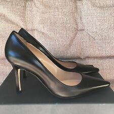 Manolo Blahnik Newcio Leather Point Toe Pumps Heels Shoes Black Size 39.5 $665
