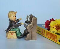 Hummel Figurine -TMK 8 - Little Concerto - Number 2257