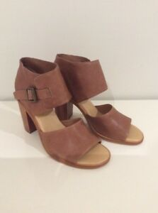 Top End Leather Heels Tan New Size 39 #107