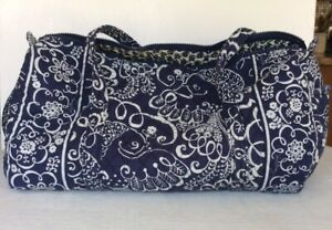 Vera Bradley Large Duffle Handbag Navy & White Batik Floral ZIPPER PULL MISSING