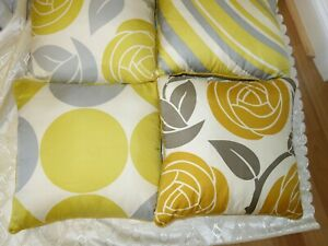 THOMAS PAUL COUTURE HAND MADE 100% SILK DECOR PILLOWS SET OF 4
