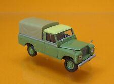 Brekina 13777 Land Rover 109 avec bâche Resedagrün Starmada Scale 1 87 Nouveau neuf dans sa boîte