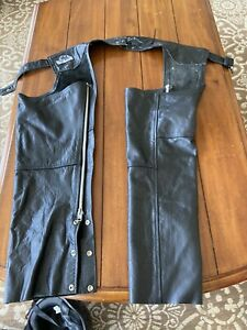 LEATHER KING Black  Motorcycle CHAPS. Size  Lg.