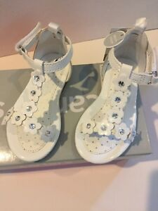 Carter's Toddler Sandals White 6 Holiday Flower Girl Vacation New Shoes boxed