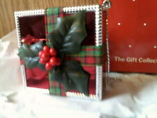 Rhtf Vtg Avon All Wrapped Up For Christmas Ornament-Square-New In Box-Free Ship