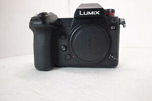 Panasonic LUMIX S1 DC-S1 4K Full Frame Mirrorless Camera with 24.2MP WiFi Black