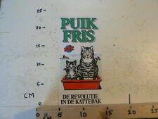 STICKER,DECAL PUIK FRIS DE REVOLUTIE IN DE KATTEBAK POES LARGE STICKER